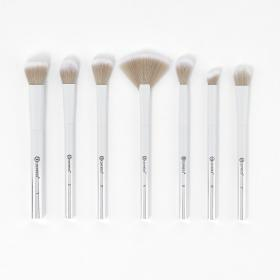 BH-Cosmetics-Highlighting-Essentials-7-Piece-Brush-Set.html